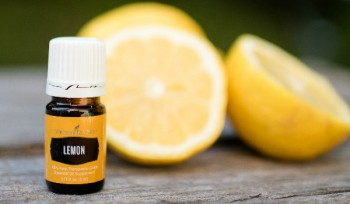 10-ways-to-clean-naturally-with-essential-oils7