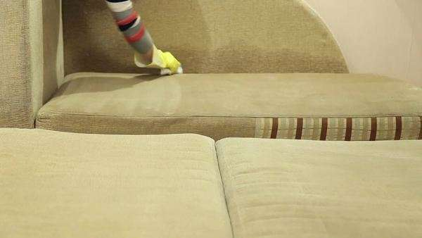 How to Clean Upholstery, Cleaning Upholstery, Easy Ways to Clean Upholstery, Cleaning Upholstery, Cleaning, Cleaning Hacks, Cleaning Tips and Tricks, Clean Home, How to Clean Your Furniture, Furniture Cleaning Hacks, Clean Home, Popular Pin