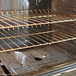 How to Clean Your Oven, Chemical Free Oven Cleaning, All Natural Oven Cleaning, Natural Ways to Clean Your Oven, Natural Ways to Clean Your Home, Cleaning, Cleaning TIps and Tricks, How to Clean Your Home, Popular Cleaning Pins.
