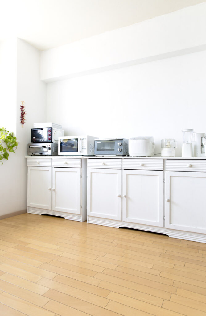 Do you have having things on your counter? Here are some tips and tricks to hide your small appliances.