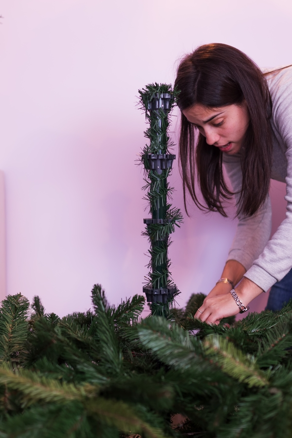 There is nothing better than a beautiful Christmas tree. In order to have the best looking tree, you need to make sure you clean it. Here's how to clean an artificial Christmas tree.