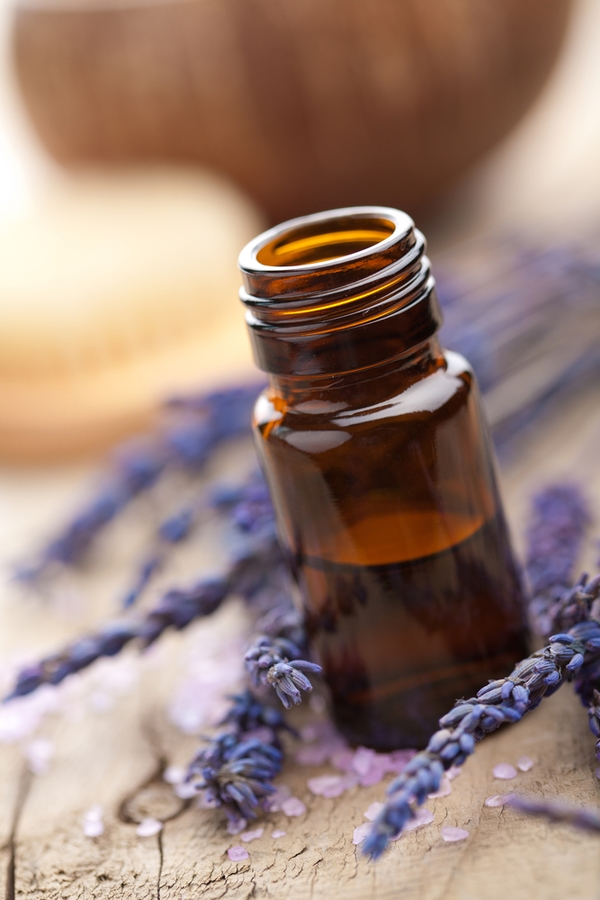 Do you know all of the household uses for essential oils? Essential oils are a great way to freshen up your home or your car and keep it smelling amazing.