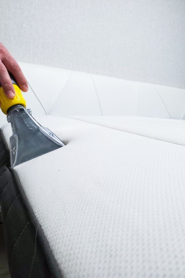 Mattress cleaning with baking soda is an easy way to freshen up your mattress! When you use baking soda, hydrogen peroxide and essential oils to clean your mattress, you'll enjoy a better smelling mattress. Check out these mattress cleaning tips!