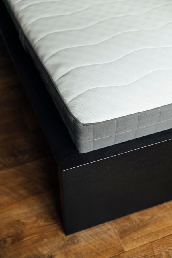 Mattress cleaning with baking soda is an easy way to freshen up your mattress! When you use baking soda, hydrogen peroxide and essential oils to clean your mattress, you'll enjoy a better smelling mattress. You will love these mattress cleaning tips!