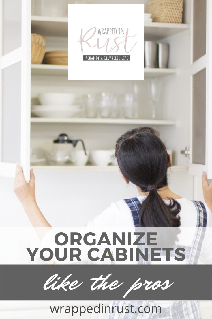 Small Kitchens Are No Issue With These Kitchen Cabinet Organization Tips.