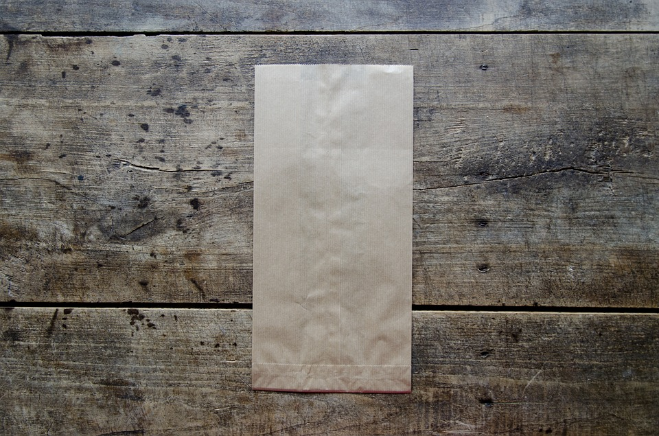 Paper bag to make fly paper